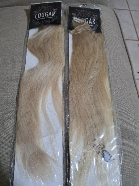 Used 2 cougar light blond clip in extension in Dubai, UAE