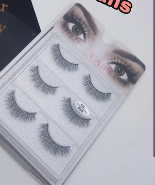 Used Fake lashes in Dubai, UAE