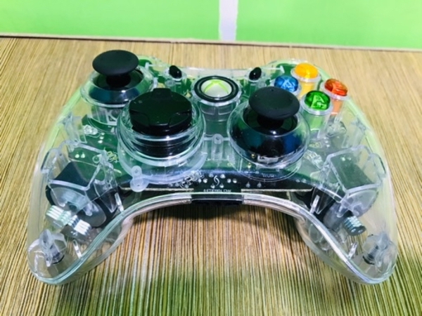 Used AFTERGLOW wired controller XBOX 360 in Dubai, UAE