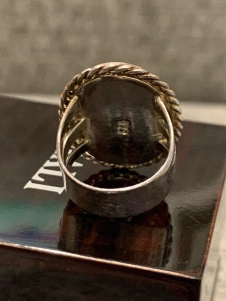 Used Pure silver ring (925) with mossy agate in Dubai, UAE