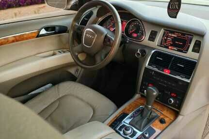 Used Perfect Deal Lovely Q7 2008 GCC - lady driving - Just in Dubai, UAE