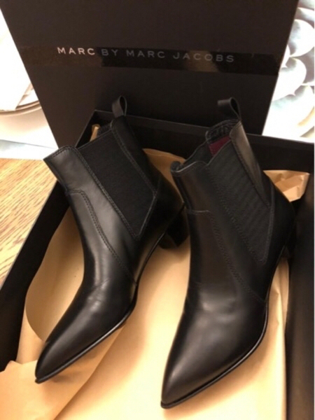 Used Marc Jacobs boots 37 made in Italy new in Dubai, UAE