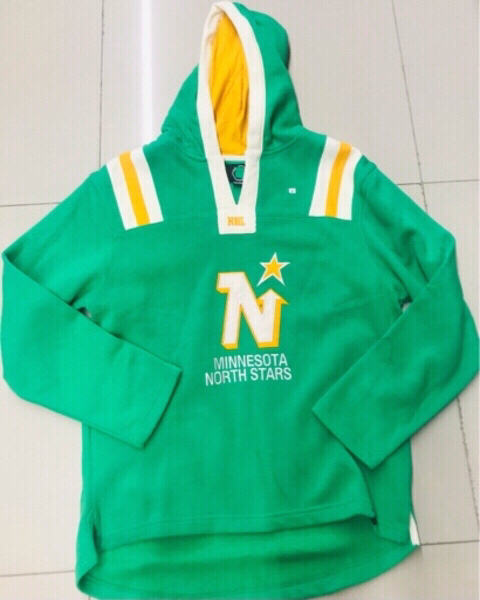 Used NFL hoodie size Medium loose fit ♥️ in Dubai, UAE