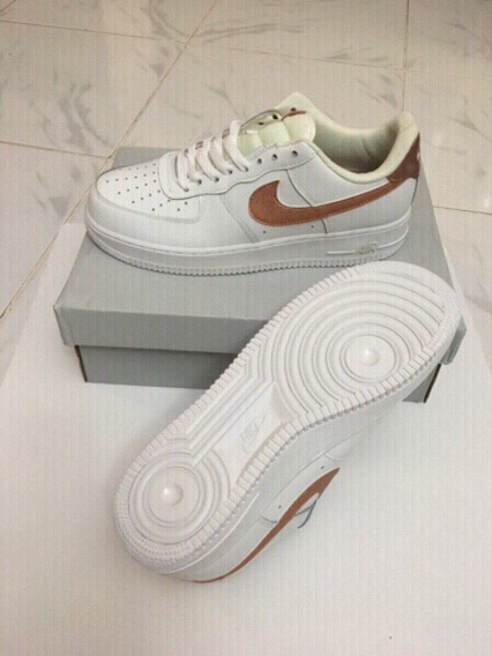 Used Nike Air size 43, new in Dubai, UAE
