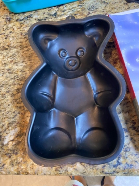 Used Baking mould teddy bear shape in Dubai, UAE