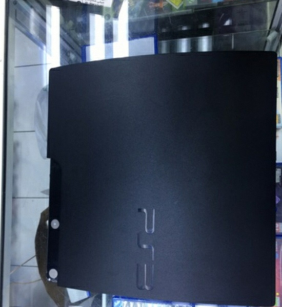 Used PlayStation 3 and hp elitebook 8460p in Dubai, UAE