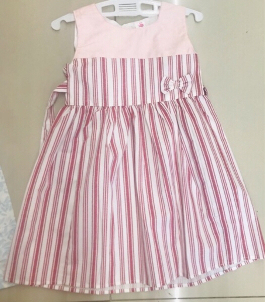 Used 2 girls Dress size 2-3 yr old ♥️ in Dubai, UAE