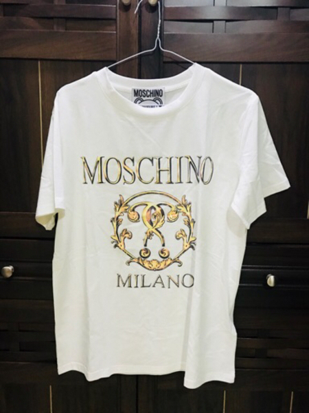 Used Moschino Original T-shirt in Dubai, UAE