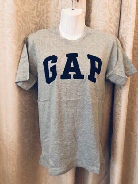 Used GAP men's T-Shirt size M in Dubai, UAE