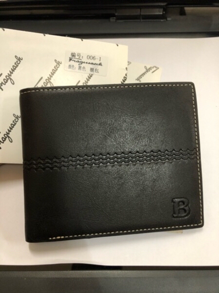 Used men leather wallet black in Dubai, UAE