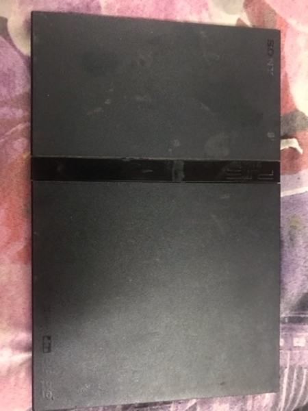 Used Ps2 with controller ac wire and a game in Dubai, UAE