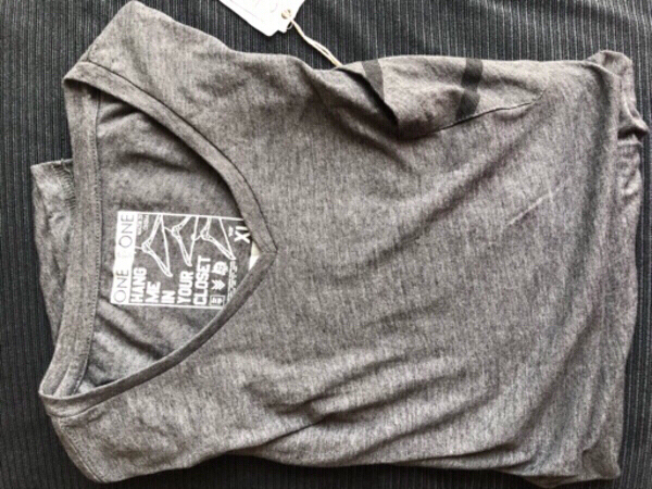 Used T-shirt brand ONE90ONE size XL in Dubai, UAE