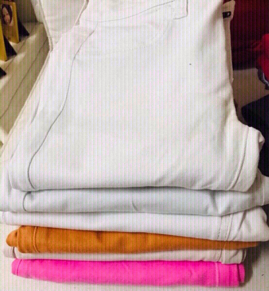Used 12 PCs of Jeans for her size 26-27 💙 in Dubai, UAE