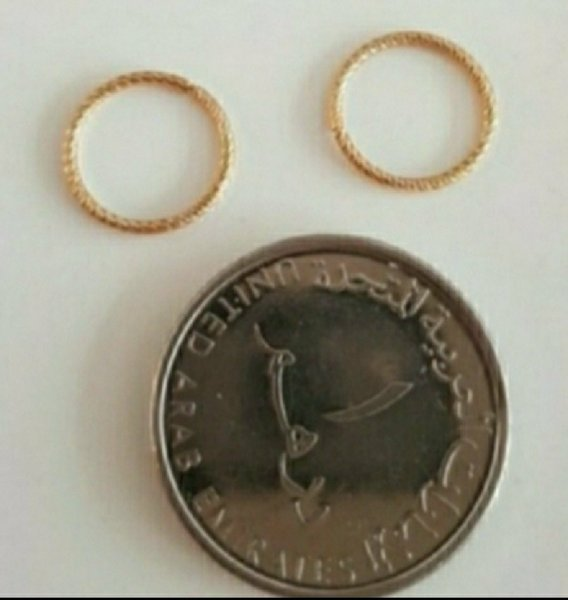 Used Real 10k solid gold not plated earrings in Dubai, UAE