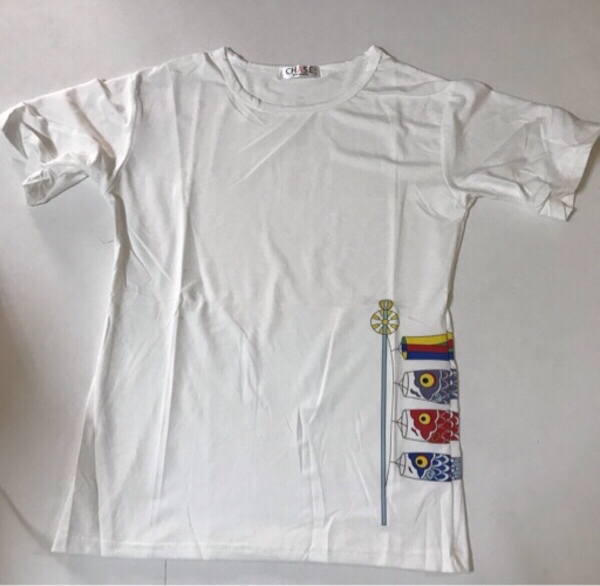 Used White new printed T-shirt size (M) in Dubai, UAE