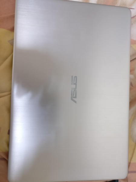 Used Asus Vivobook S15 only 10 day used in Dubai, UAE