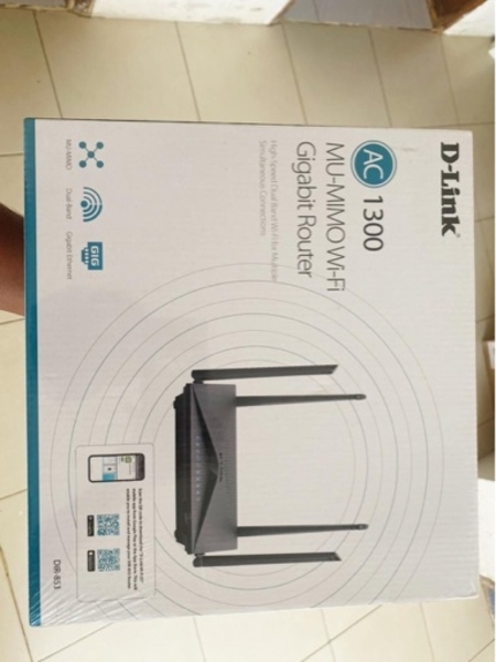 Used Router D-Link new and pack not opened in Dubai, UAE