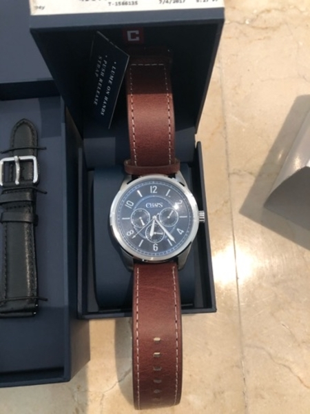 Used 2 for 1 couples watches in Dubai, UAE