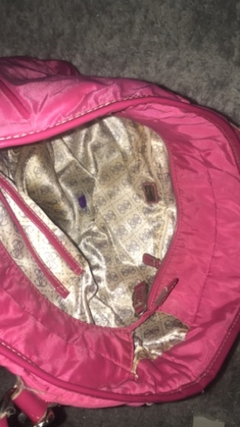 Used Vintage Authentic Guess bag in Dubai, UAE