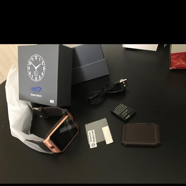 Used Selling Brand New Smart Watch, Sim, Memory Card, Bluwtooth, Watsap, Facebook, And Connect To Phone, With Screen Protector in Dubai, UAE