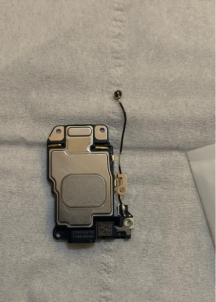 Used Speaker for iPhone 7 is new not used in Dubai, UAE
