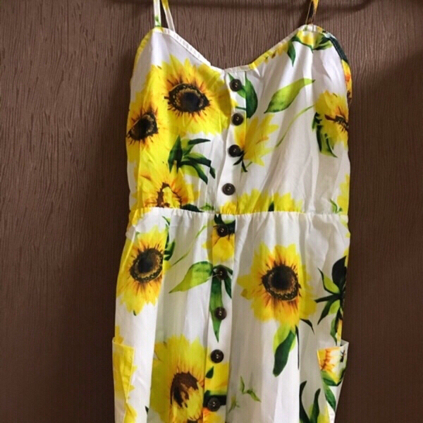 Used Sun dress 👗 free size in Dubai, UAE
