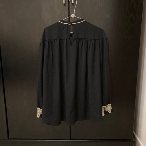 Used Mango blouse size M in Dubai, UAE