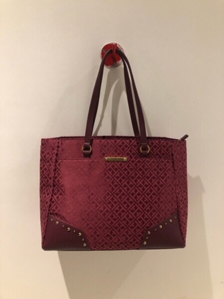 Used New Tommy Hilfiger Large Tote in Dubai, UAE