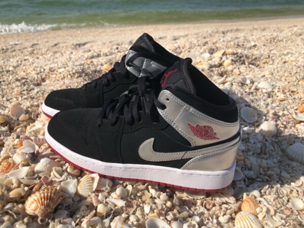 "Used Air Jordan 1 Mid ""Johnny Kilroy"" in Dubai, UAE"