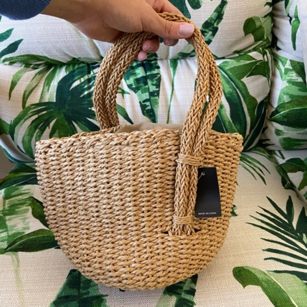 Used straw bag (new with tag) in Dubai, UAE