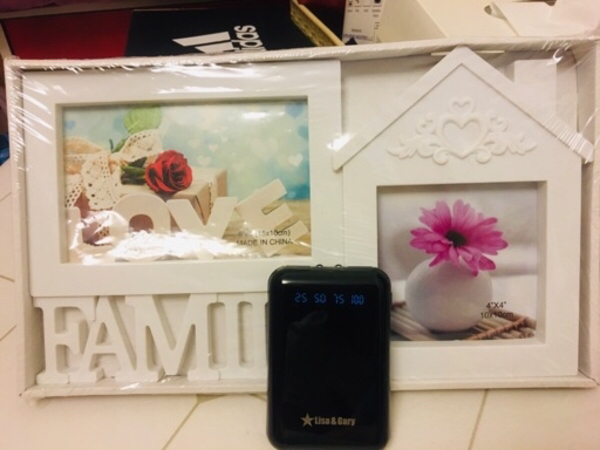 Used Photo Frame and Power Bank New in Dubai, UAE