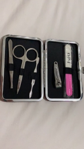 Used OPI Mini Manicure Kit in Dubai, UAE