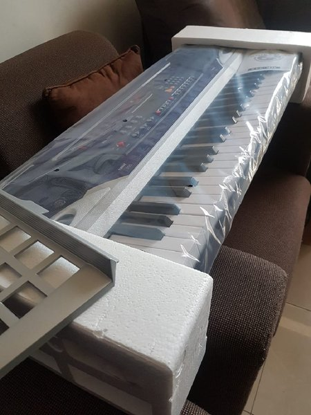 Used 61 keys standard size key board in Dubai, UAE