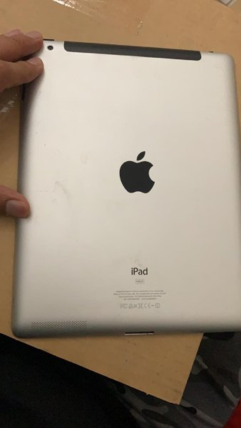 Used iPad 2--64 GB with sim slot in Dubai, UAE