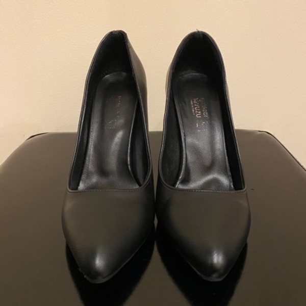 Used Black high heels size 39 in Dubai, UAE