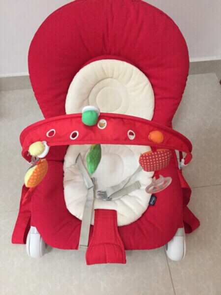 Used Chico baby chair, like New in Dubai, UAE