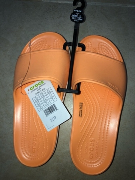 Used Brand New Crocs Sleeper in Dubai, UAE