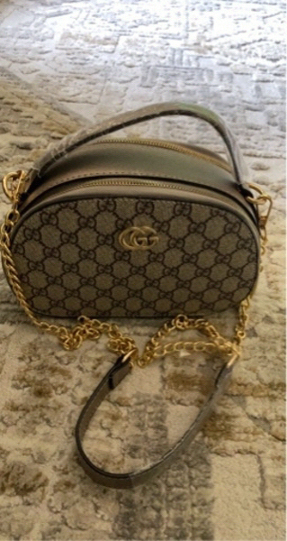 Used Gucci hand bag/ sling bag copy in Dubai, UAE