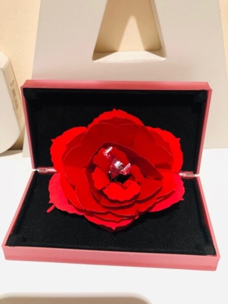 Used Jewelry ring box with rose 🌹 pink in Dubai, UAE