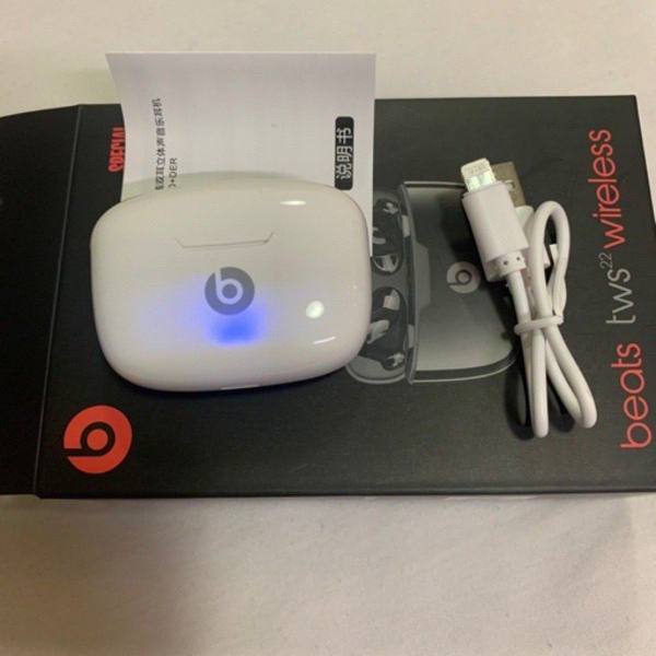 Used Beats TWS 22 Wireless Earphones in Dubai, UAE