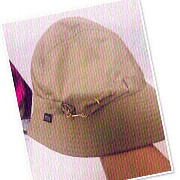 Used Bucket Hat / Unisex ♥️ in Dubai, UAE