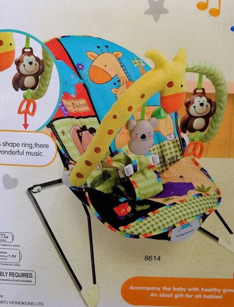 Used Brand new baby rocker, unwanted gift in Dubai, UAE
