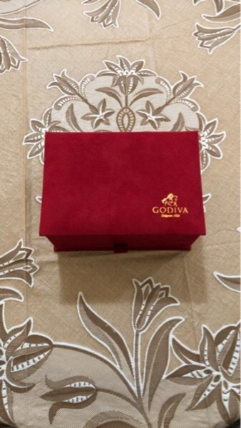 Used Godiva luxury box in Dubai, UAE