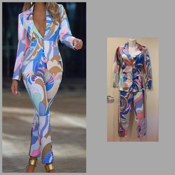 Used DOUBLE BREASTED CASUAL SUIT/ SMALL in Dubai, UAE