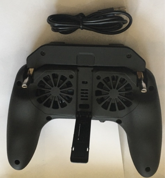 Used Mobile game controller with fan in Dubai, UAE
