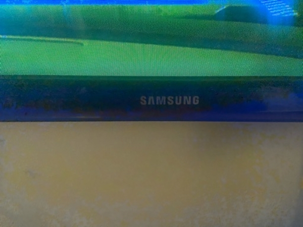 "Used Samsung 43"" inch tv with smart device in Dubai, UAE"