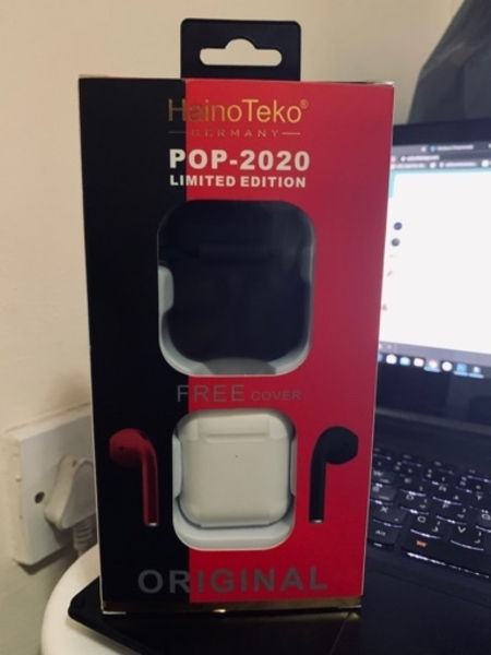 Used Pop 2020 wireless airpods with free case in Dubai, UAE