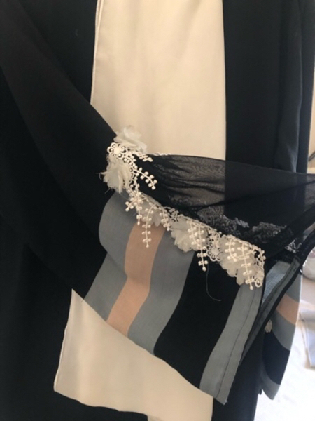 Used Designer Abaya great condition + scarf in Dubai, UAE