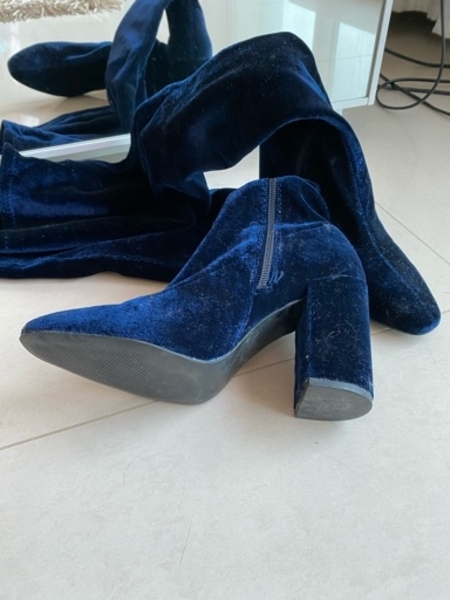 Used Velvet Blue knee boots // size 38 in Dubai, UAE