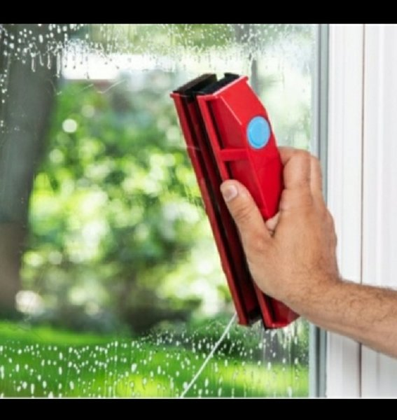 Used Double sided magnetic window cleaner in Dubai, UAE